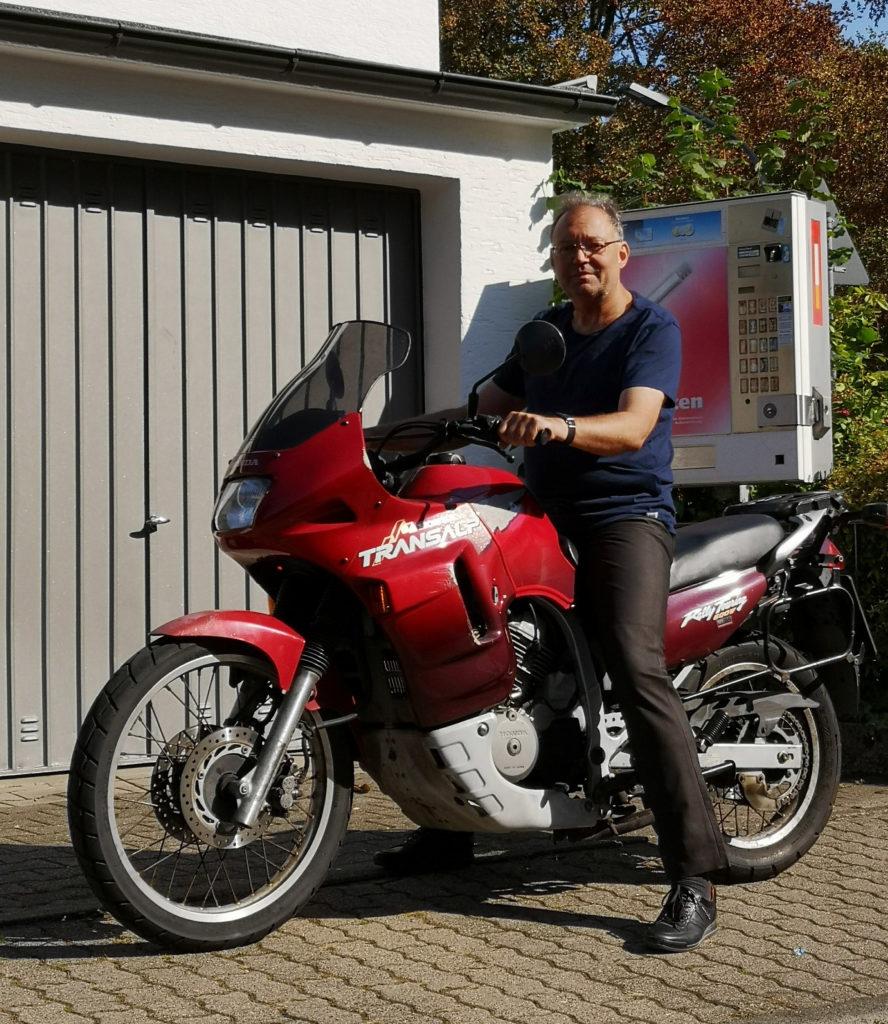Unterwegs-mit-dem-Motorrad